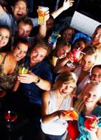 //cdn2.hubspot.net/hub/32387/file-13746205-jpg/images/cocktail_party_inbound_marketing.jpg