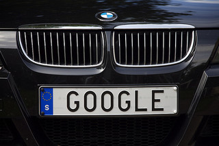//cdn2.hubspot.net/hub/32387/file-13752179-jpg/images/google-personalized-search.jpg