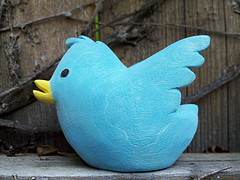 optimize tweets with keywords