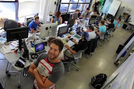 //cdn2.hubspot.net/hub/32387/file-351529139-jpeg/images/michael-litt-vidyard-kuno-creative.jpeg