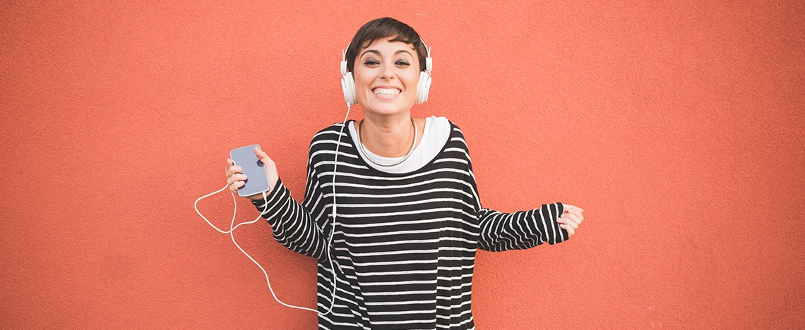The Best Digital Marketing Podcasts to Tune Into